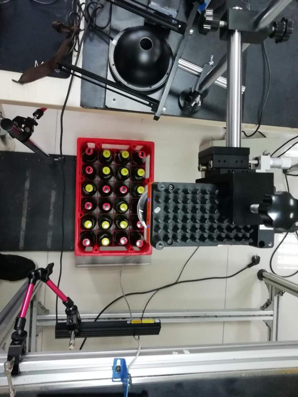 自动识别系统(可乐瓶盖视觉识别系统案例)-机器视觉_视觉检测设备_3D视觉_缺陷检测